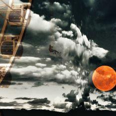 The falling moon 2017